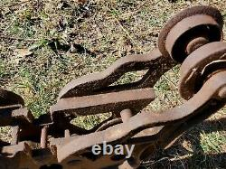 1909 Cast Iron Trolley Barn Carrier Farm Janesville Wisconsin Hay Tool ORIGINAL