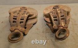 2 antique barn pulley collectible farm tool hay trolley part industrial lot P3
