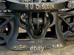 ANTIQUE/PRIMITIVE Hudson HAY TROLLEY RUSTIC DECOR