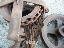 Antique 412M-1 Chain Hoist Block & Pulley 1 Ton 2000 lbs With 24' Chain 1/4 USA