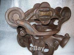 Antique Belknap Hardware Bluegrass Cast Iron Swiveling Hay Carrier Trolley
