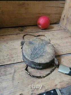 Antique Carved Wood Folk Art Fishing Treen Item tackle net block