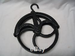 Antique Cast Iron 9 1/2 Water Well Pulley