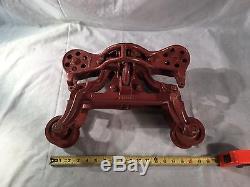 Antique Cast Iron Barn Hay Trolley / Pulley