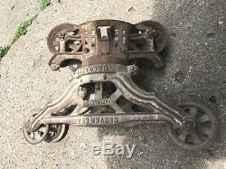 Antique Clover Leaf Unloader Cast Iron Barn Hay Trolley Carrier
