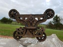 Antique H. H. F Peerless Hay Trolley Barn Carrier Pulley Light Harvard Illinois