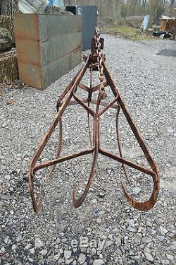 Antique Hay Myers Large Hay Grapple Claw Cast Iron Farm Barn Tool Trolley