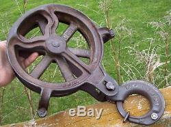 Antique Hay Trolley Rope Hook Block Tackle Pulley Old Vtg Cast Iron Barn Tool