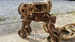 Antique JUMBO SWIVEL 1886 Cast Iron Hay Carrier Barn Unloader Pulley Trolley