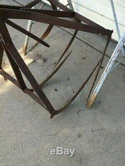 Antique LOIH Primitive Cast Iron Farm Barn Loft Hay Bail Grapple Claw Fork Tool