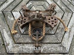 Antique Original Boomer B10 Cast Iron Hay Trolley Drop Pulley Carrier Farm Barn