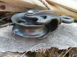 Antique Pulley Cast Iron And Barn Farm Rustic Decor Hay Tool