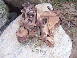 Antique Rare Jamesway Cast Iron Hay Trolley Unloader Carrier Pulley Vintage
