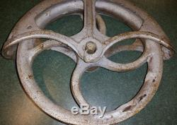 Antique Vintage Cast Iron Barn Well Pulley #10