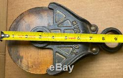 Antique /Vintage Cast Iron Myers Barn Wood Pulley Old Farm Tool Rustic Primitive