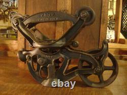 Antique Vintage Cast Iron Ney / Unico Hay Trolley Farm Barn Pulley Tool