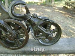 Antique Vintage Cast Iron Ney Wood Track Hay Trolley Farm Barn Pulley Tool