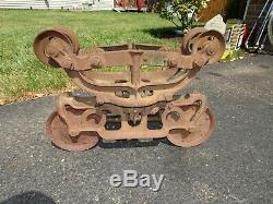 Antique Vintage Cast Iron Star Hay Carrier 493B Farm Barn Pulley trolley