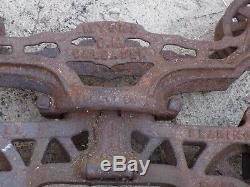 Antique Vintage Cast Iron Unloader Hay Trolley Carrier Barn Pulley Tool