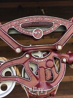 Antique Vintage Ney Hay Trolley Pulley Rustic Decor Cast Iron Farm Barn Tool