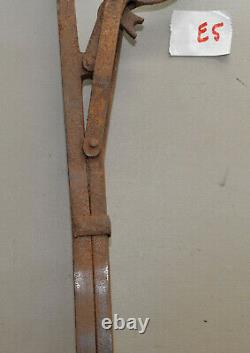 Antique hay bale spear harpoon carrier trolley part collectible farm tool E5