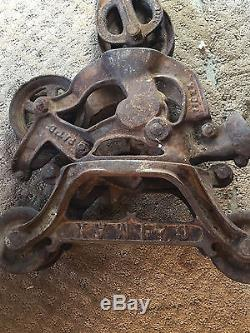 Antique hay trolley cast iron farm tool barn pulley unloader vintage carrier