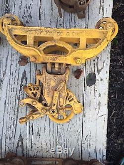 Antique hay trolley cast iron farm tool barn pulley vintage hay carrier unloader