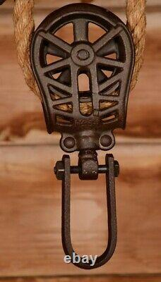 BEAUTIFUL Vintage Myers CLOVERLEAF Wood Beam Hay Barn Trolley Carrier Pulley
