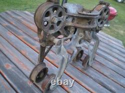 Boomer B14 Hay Trolley