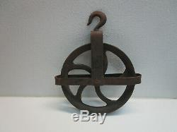CAST IRON 12 Inch Steampunk ROPE PULL PULLEY WHEEL With Hook And Bracket ANTIQUE