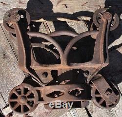 Farm Barn Cast Iron 4 Wheel Wood Beam Hay Carrier Steam Punk Lamp Hanger Decor