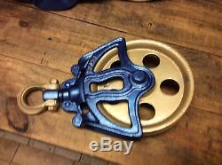 Hay trolley Unloader Carrier Pulley Farm Cast Iron