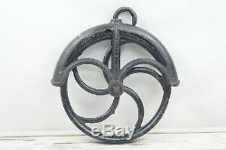 Large 13 Vintage/Antique Cast Iron Well Pulley Barn Industrial Steampunk 5 Spok