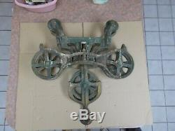 Leader Cast Iron Barn Hay Trolley Carrier & Center Drop Pulley Complete