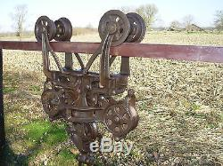 NICE ANTIQUE BOOMER PATENT CAST IRON BARN HAY TROLLEY CARRIER With DROP PULLEY