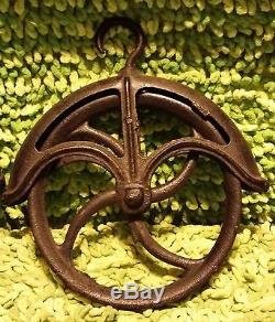 PAIR OF PULLEY'S Well or Rustic Farm Hay Loft Hanging Hook Primitive