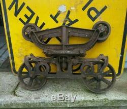 PEERLESS HAY TROLLEY, BARN TROLLEY, vintage antique cast iron, hay pulley