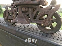 RARE Hunt Helm Ferris & Co. Peerless Star Cast Iron Hay Barn Trolley Primitive