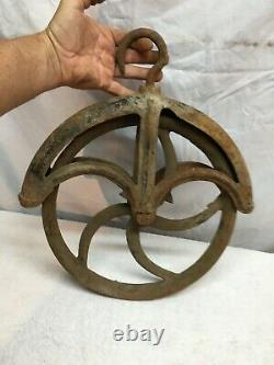Vintage 12 Cast Iron Pulley Antique Old Farm Wheel Well Barn Garden Art
