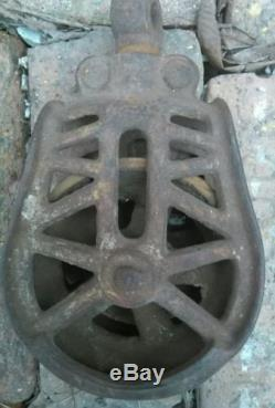 Vintage/Antique Barn/Water Well Pulley Wheel Cast Iron Farm Decor Steampunk