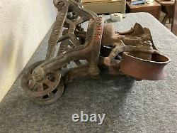 Vintage Cast Iron Barn Cloverleaf Unloader Hay Trolley