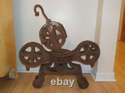 Vintage Cast Iron Hay Trolley Unloader Barn Trolley For Restoration