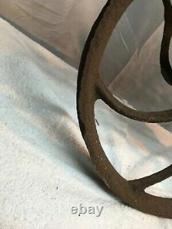 Vintage Primitive ORNATE Pulley, Farm Barn Metal 13in Wheel Tool Block